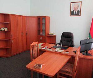 Столы для руководителя, персонала и многое другое